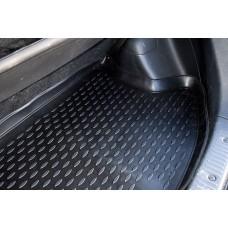 Резиновые коврики с высоким бортом в багажник